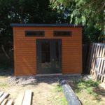 modèle de cabanon 1 versant et revêtement de bois