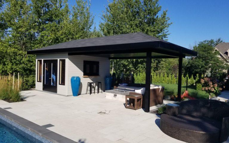 cabanon avec extension de toit